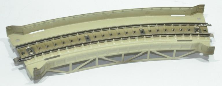 Maerklin 7167 curved girder bridge metal h0 used